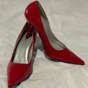 Red Pointed Heel by Splash